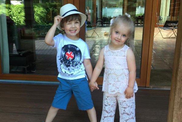 Дети Максима Галкина и Аллы Пугачевой ревнуют друг к другу