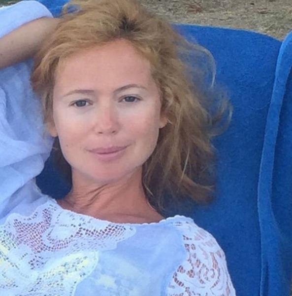 Елена Захарова предстала на фото в естественном виде