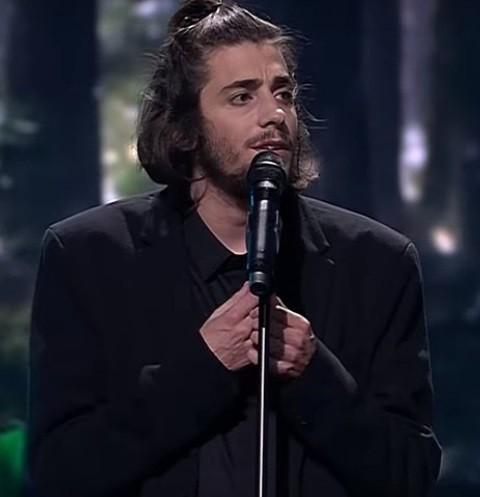 Победитель «Евровидения» Сальвадор Собрал находится при смерти
