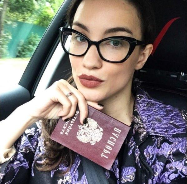 Виктория Дайнеко официально развелась со своим супругом