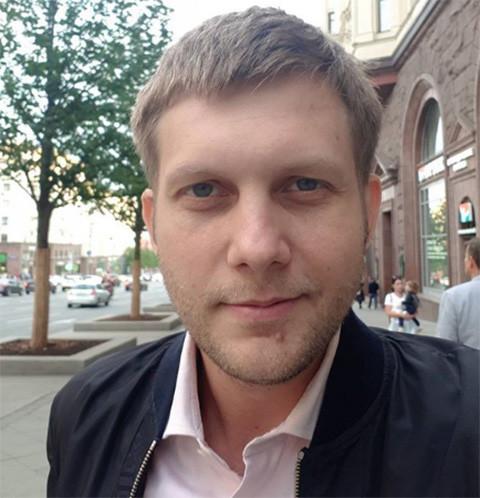 Борис Корчевников объяснил, почему до сих пор живет с мамой