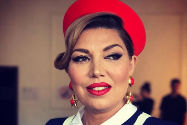 Екатерина Скулкина приняла решение уйти из Comedy Woman