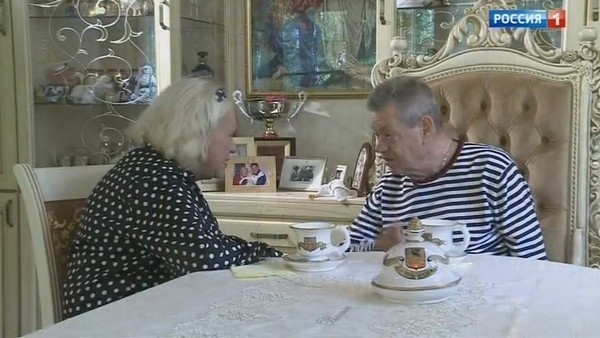Больной раком Николай Караченцов вынужден успокаивать жену