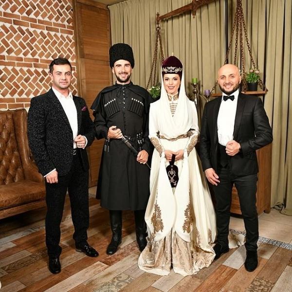 Сати Казанова показала новые фото со свадьбы