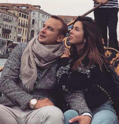 Муж Нюши устроил ей романтический сюрприз В Италии