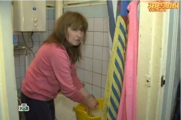 Екатерина Семенова показала свою однокомнатную квартиру