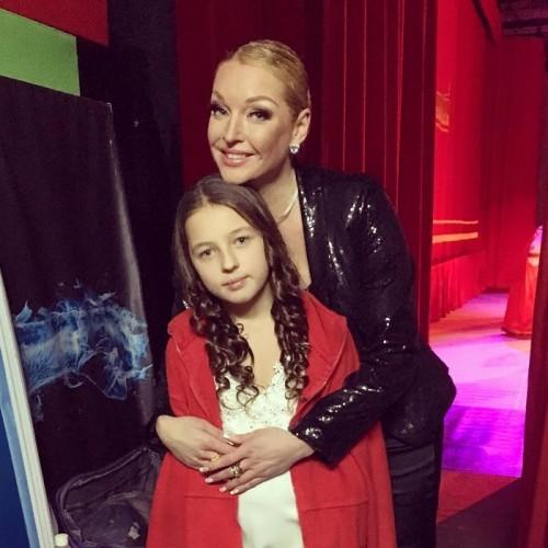 Анастасия Волочкова помирилась с бывшим мужем на дне рождения дочери