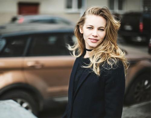 Светлана Устинова: «Актер должен уметь всё»