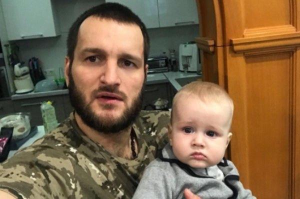 Алексей Самсонов впервые обнародовал фотографию сына