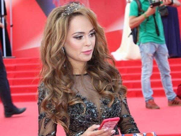 Анна Калашникова выступила в защиту Ольги Бузовой