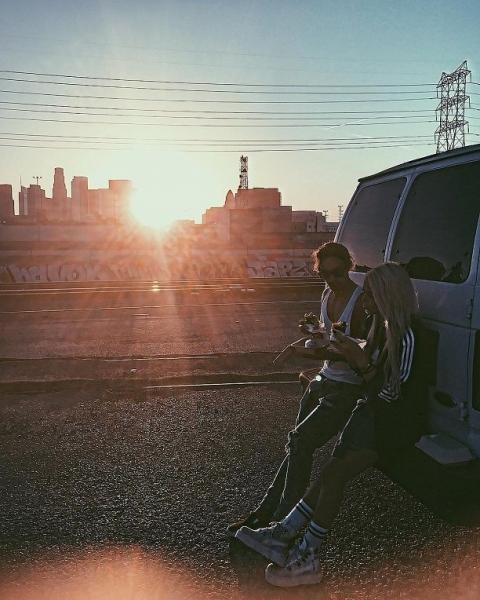 Певица Алина Гросу угодила в перестрелку на улицах Лос-Анджелеса