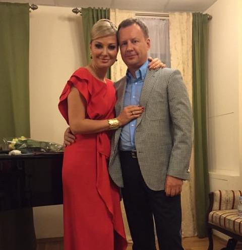 «Это шок и личная трагедия»: реакция Максаковой на раскрытие убийства Вороненкова
