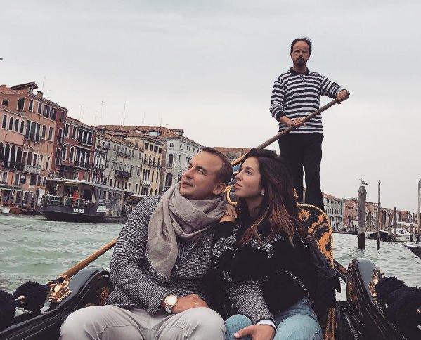 Нюша и ее супруг наслаждаются романтическим отдыхом