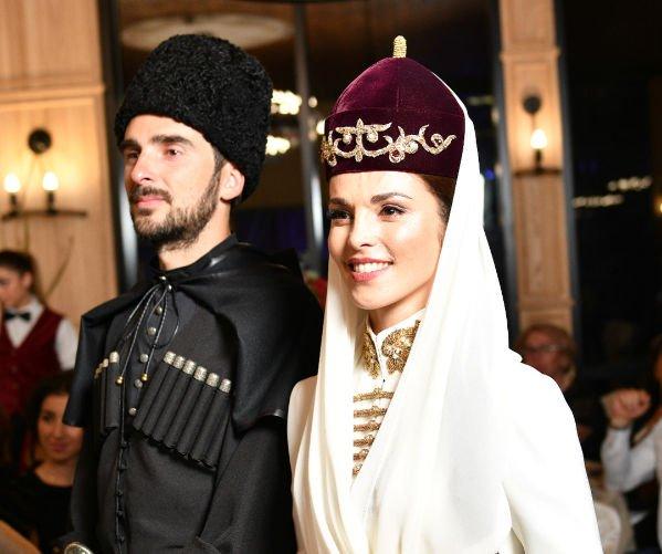 Сати Казанова поведала о недавно прошедшей свадьбе