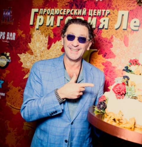 Григорий Лепс закрыл караоке-бар