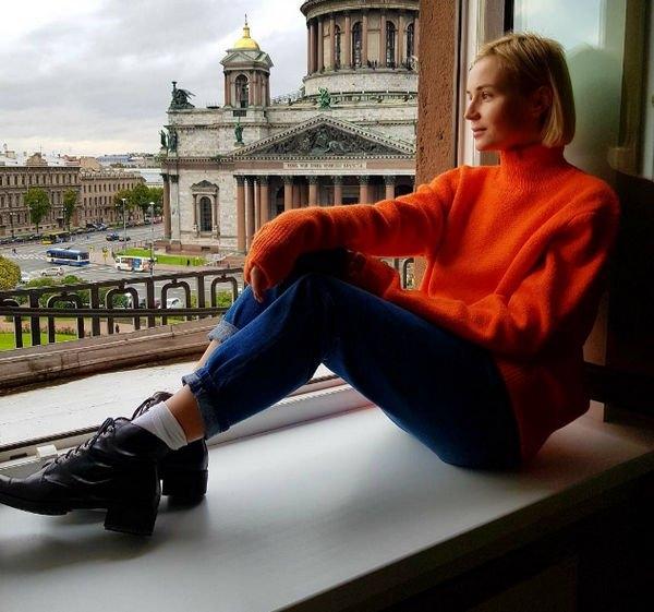 Полина Гагарина примерила новый образ, восхитив фанатов
