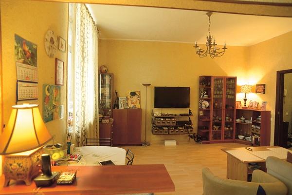Мария Аниканова обставляет апартаменты мебелью тренера Татьяны Тарасовой