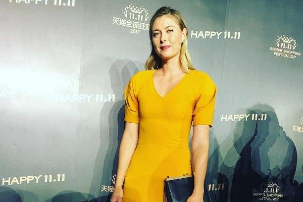 Мария Шарапова решилась на кардинальную смену имиджа, став брюнеткой