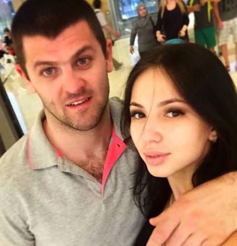 Александр Радулов пытается вернуть Дарью Дмитриеву