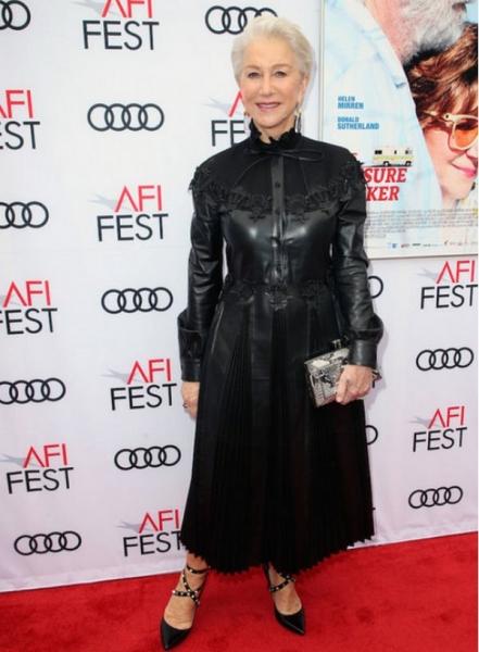71-летняя Хелен Миррен появилась на мероприятии в кожаном платье