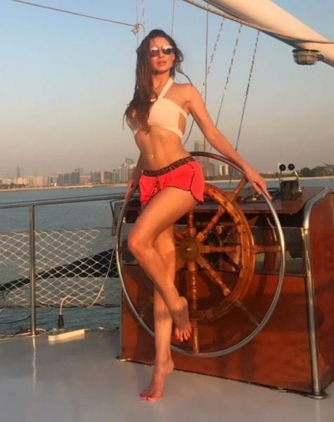 Постояльцы отеля в Дубаи узнали в гостье подругу президента Натали Соболеву