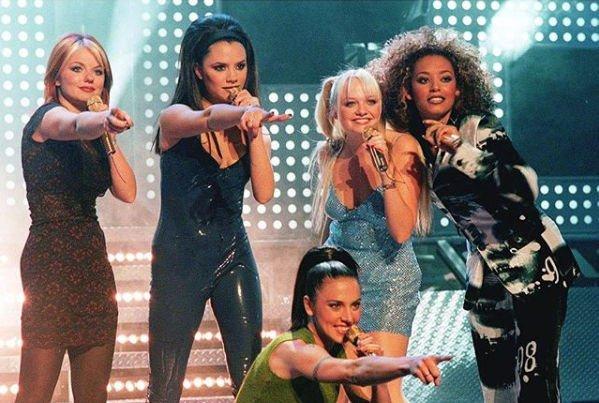 Виктория Бекхэм дала согласие на возвращение в коллектив Spice Girls