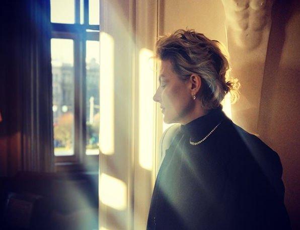Рената Литвинова поделилась обнаженным снимком