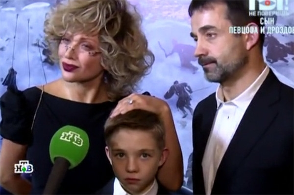 Сын Дмитрия Певцова и Ольги Дроздовой впервые выступил на сцене