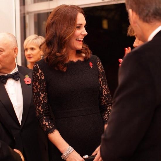 Беременная Кейт Миддлтон вышла в свет в обтягивающем вечернем платье