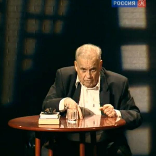 «Воскресну для тебя, и не однажды»: яркая жизнь, культовые фильмы и тяжелые потери Эльдара Рязанова
