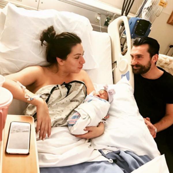 Избранница бывшего мужа Валерии Гай Германики родила ребенка