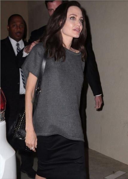 Анджелину Джоли раскритиковали за внешний вид