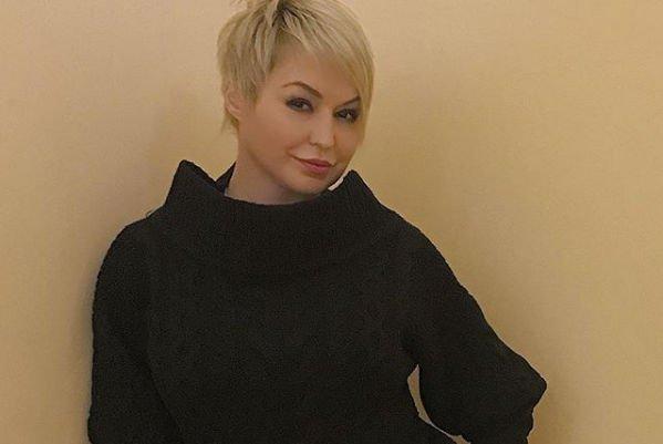 Набравшая вес Катя Лель шокировала поклонников своим внешним видом