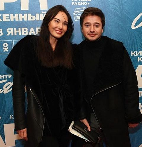Экс-супруг Марины Александровой закрутил роман с моделью