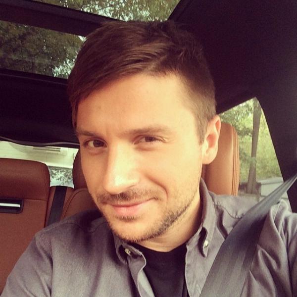 Сергей Лазарев показал редкое фото сына не со спины