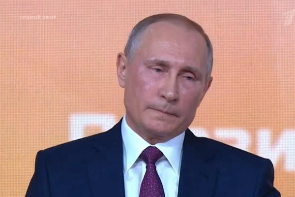 Начальник комбината обманом проник на пресс-конференцию Владимира Путина