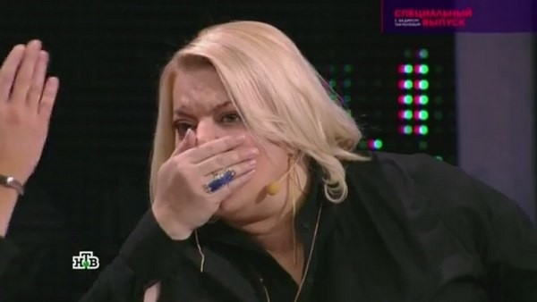 Яна Поплавская набросилась на «мистера Синтола» Кирилла Терешина