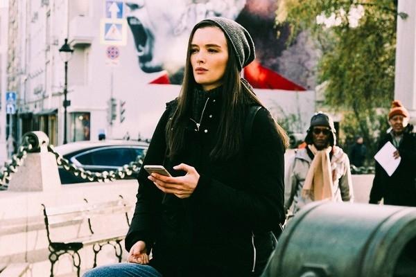 Паулина Андреева защищается от травли с помощью мантр