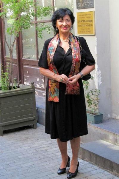 Нани Брегвадзе выживает на мизерную пенсию, купив квартиру в центре Москвы