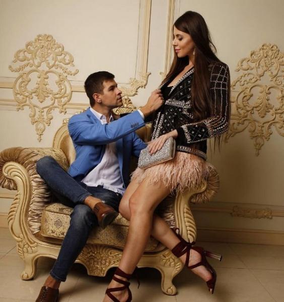Ольгу Рапунцель обвинили в том, что она специально разыгрывает спектакль с разводом