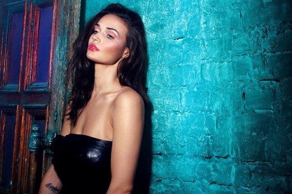 Алёна Водонаева выложила в сеть пикантное фото в молодости