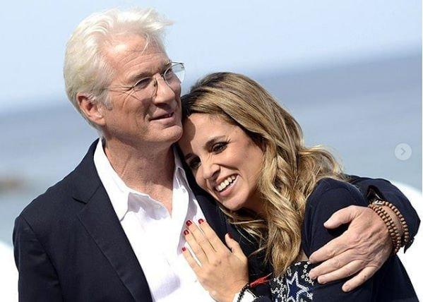 Ричард Гир собирается связать себя узами брака с молодой избранницей