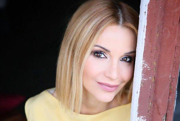Ольга Орлова удивила фанатов чересчур ярким макияжем
