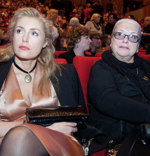 Марию Шукшину заставили конкурировать с матерью