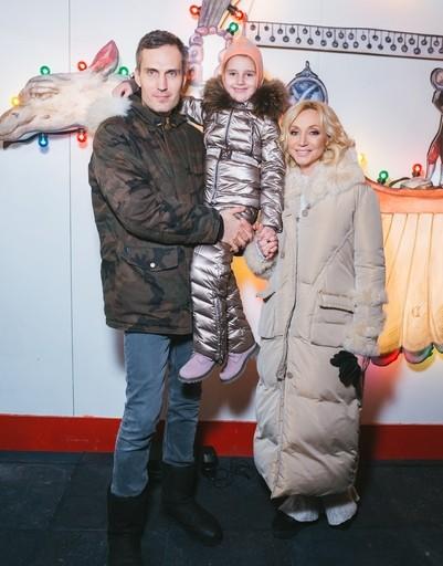 Татьяна Навка и Петр Чернышев рассказали историю любви светской публике
