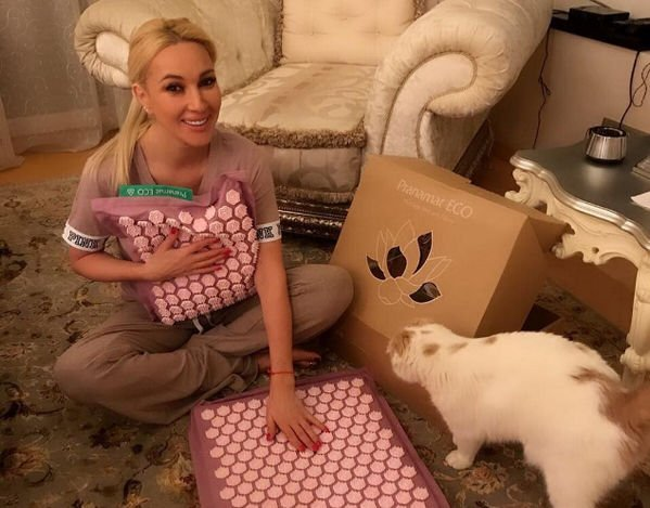 Лера Кудрявцева в новом образе не понравилась поклонникам