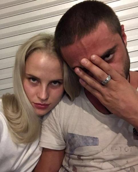 Илья Глинников прокомментировал свое расставание с Екатериной Никулиной