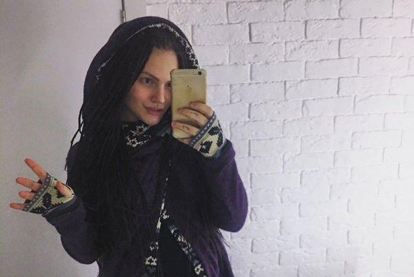 Беременная бывшая возлюбленная сына Марии Шукшиной попала в больницу с осложнениями