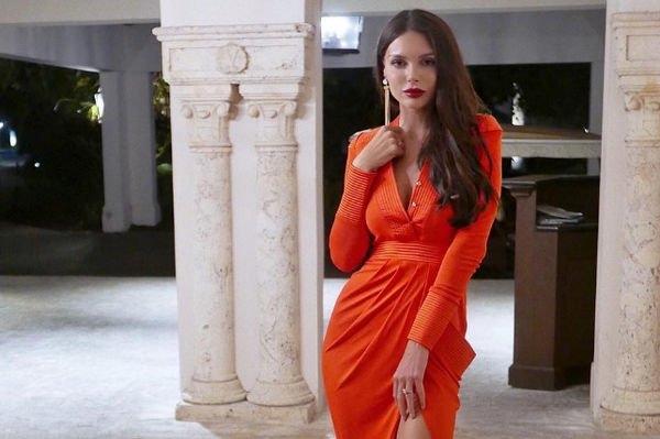 Оксана Самойлова перестаралась с уколами красоты