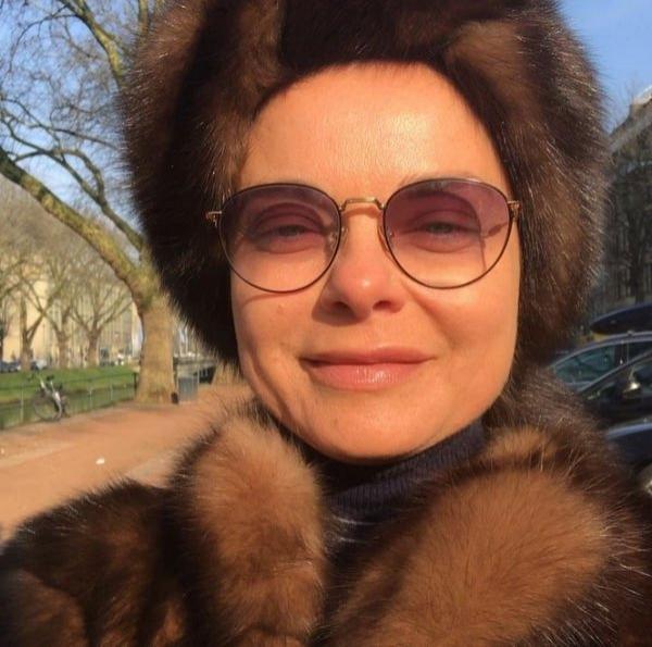 Наташа Королева перестаралась с количеством меха в своем образе